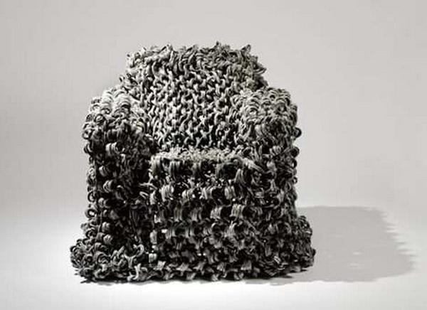кресло Perm Chair, созданное по мотивам королевской прически