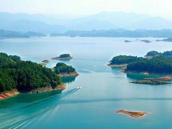 Озеро, в котором затоплен Lion City