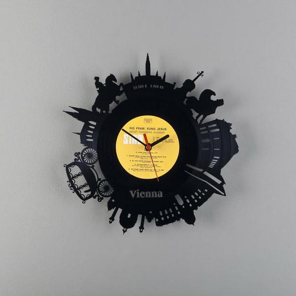Оригинальные часы от Павла Сидоренко