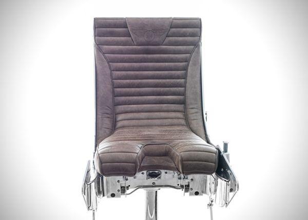 Кресло с катапультой от Hangar 54