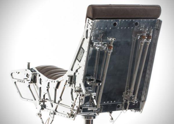 Кресло с катапультой Торнадо от Hangar 54