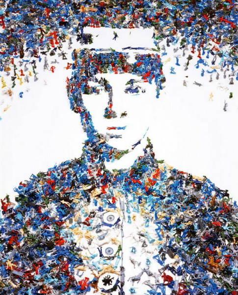 Портрет из игрушечных солдатиков