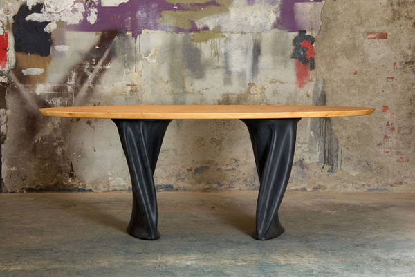 обеденный стол Project RUBBER