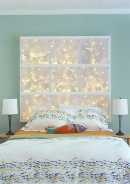 Светящееся панно над кроватью