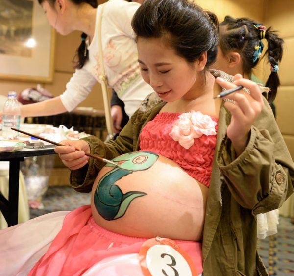 боди-арт для беременных девушек