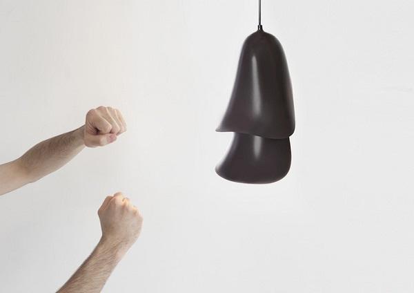Черный светильник Cape lamp.