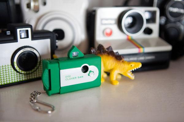 Брелок со интегрированной цифровой видеокамерой