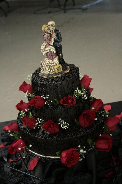 еще одна парочка влюбленных на торте