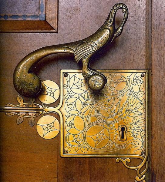 сказочная птица - дверная ручка