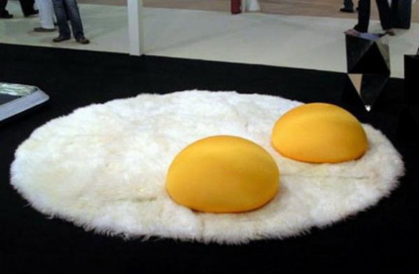 коврик в форме яицницы
