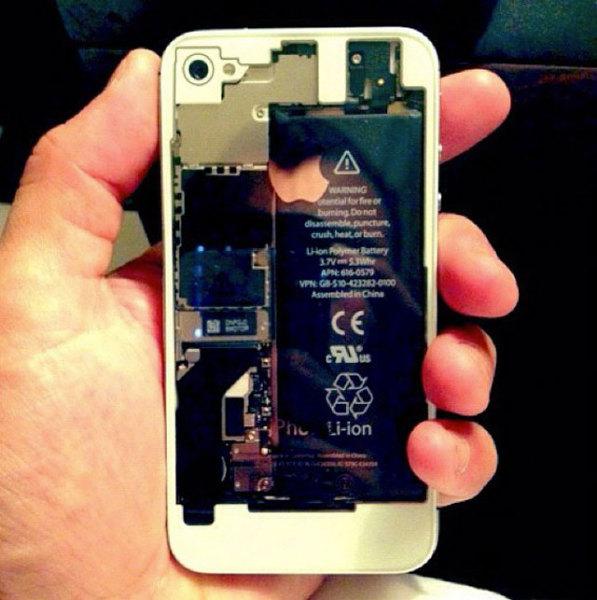 айфон с прозрачной задней крышкой