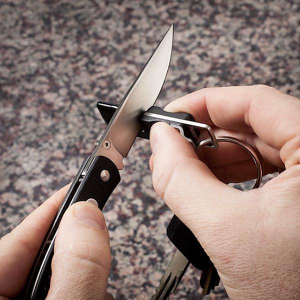 Брелок с точилкой для ножей