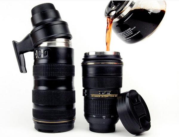 чашка в форме объектива