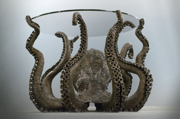 Бронзовый стол Octopus со стеклянной слолешницей