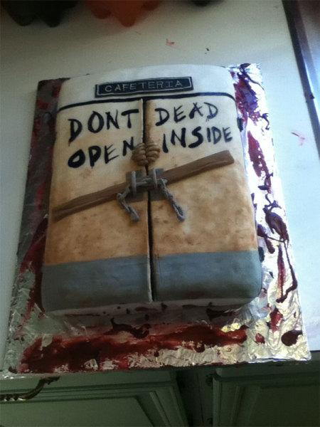 необычное украшение торта к хэллоуину