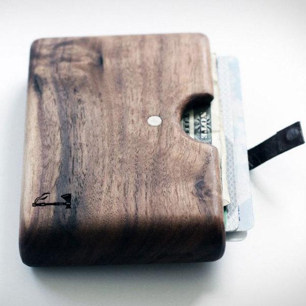 бумажник из дерева