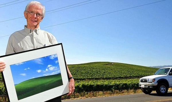 Charles O'Rear со своей самой знаменитой фотографией.