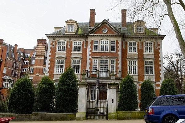 Kensington Palace Gardens, Лондон