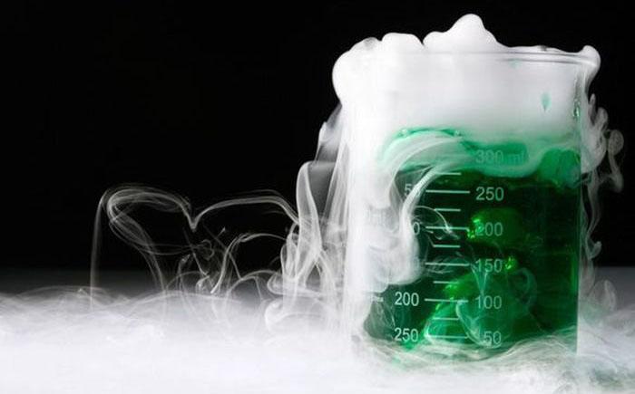 10 странных открытий в области химии