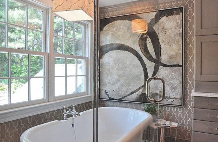Картина на стене в ванной
