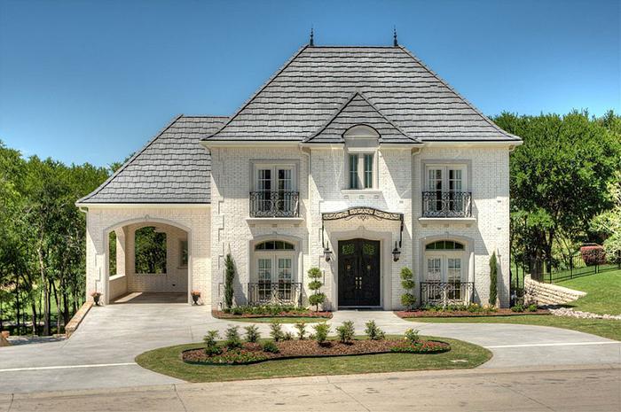 Дом с французскими балконами от  John Askew Company