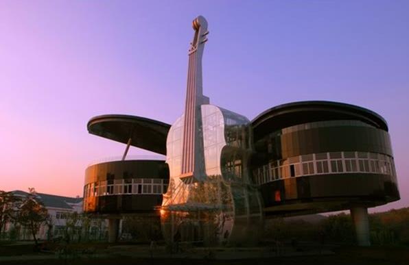 Piano House - музыка, застывшая в архитектуре