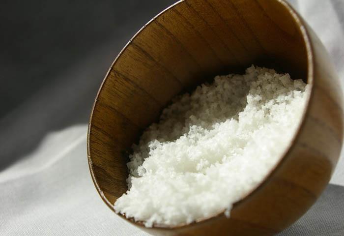 Солёная вода от ран
