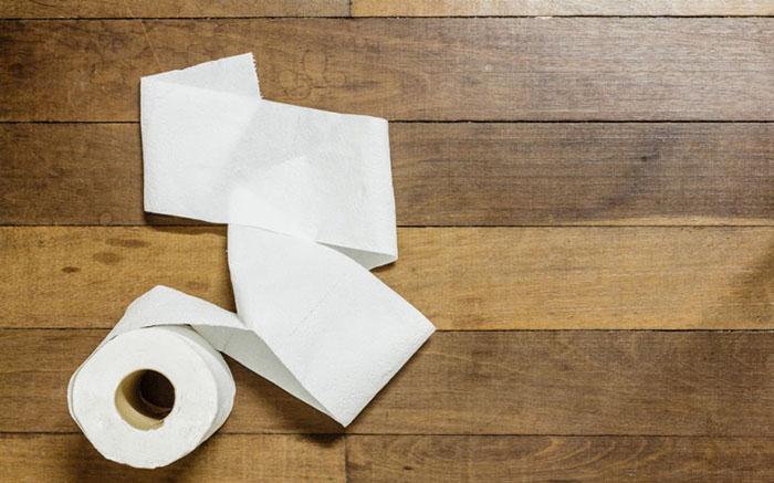 Поедание туалетной бумаги