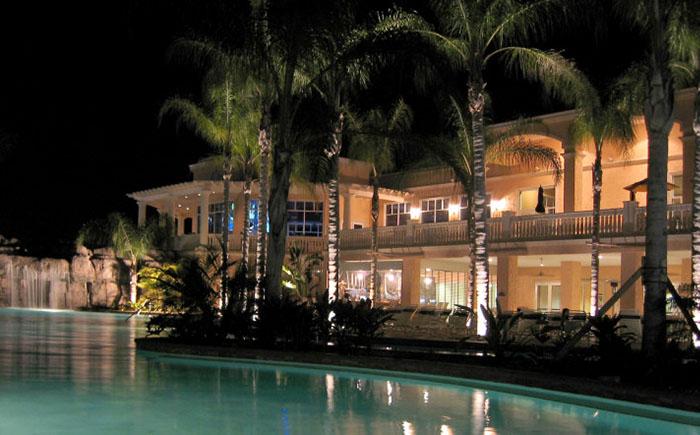 Курорт Caliente Tampa, Тампа, Флорида