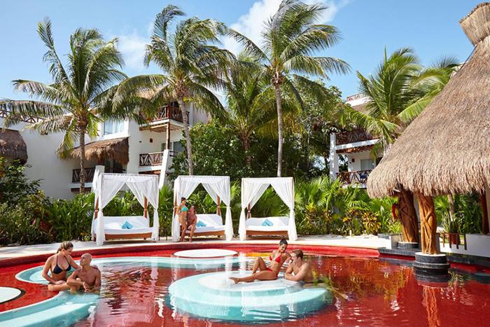 Курорт Desire, Берег майя