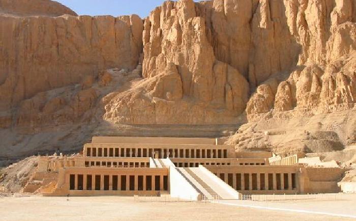 Погребальный храм царицы Хатшепсут
