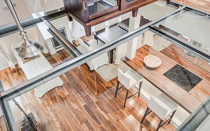 Стеклянный пол-потолок
