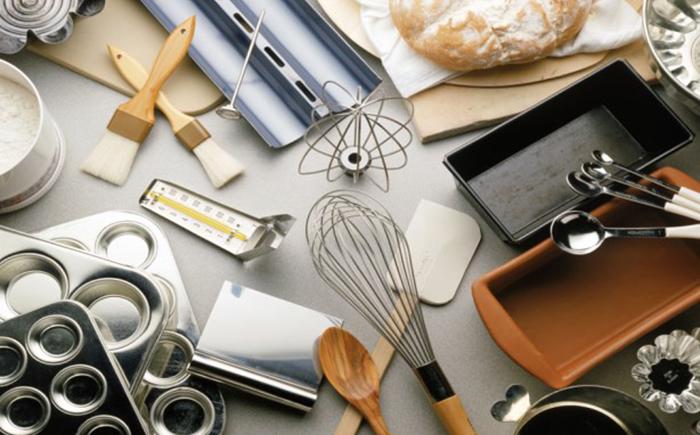 12 самых важных кухонных инструментов для любителей выпечки