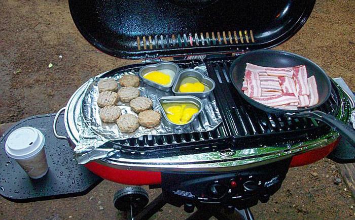 Мангал Coleman Road Trip Grill LXE 175: жидкий газ пропан