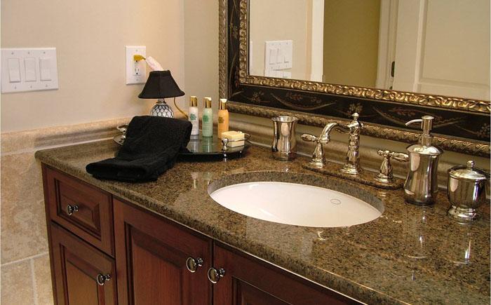 Гранитная столешница в ванную комнату Стойки-ресепшен из искусственного камня Grandex Красный Ткач