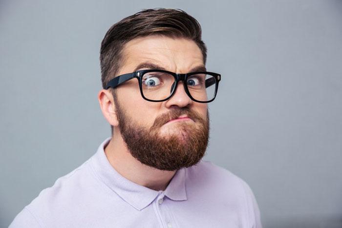 С бородачами играть в гляделки нельзя