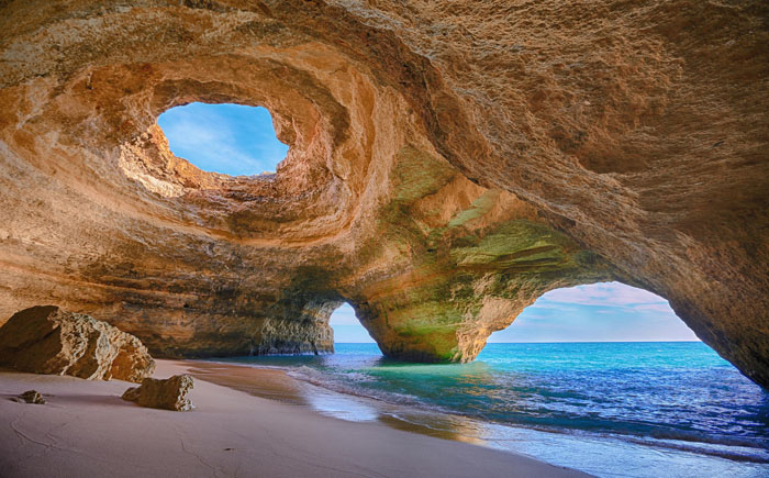 Пещера в Алгарве, Португалия