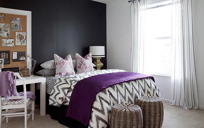 Интерьер спальни с рабочим местом от  Dayka Robinson Designs