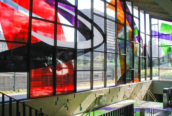 Станция Champ-de-Mars (Монреаль, Канада)
