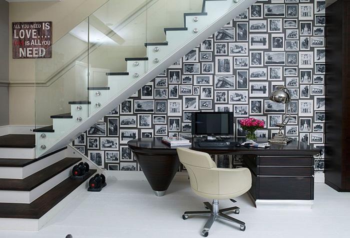 Интерьер домашнего офиса под лестницей от Henrietta Holroyd