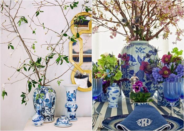 Бело-голубая ваза с веточками