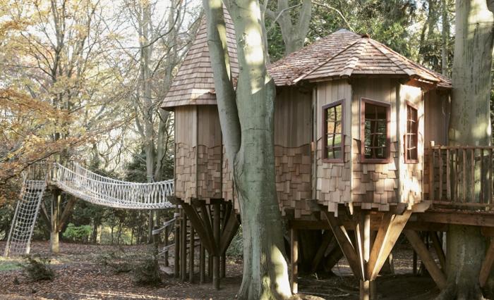 Дом-игровая на дереве