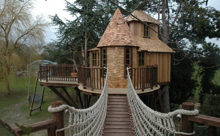 Сказочные жилища волшебные дома на деревьях