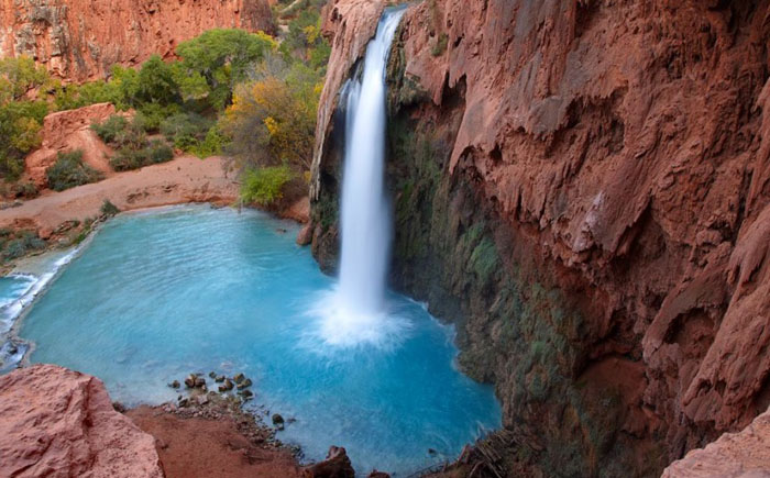 Водопад в каньоне Хавасу (Аризона)