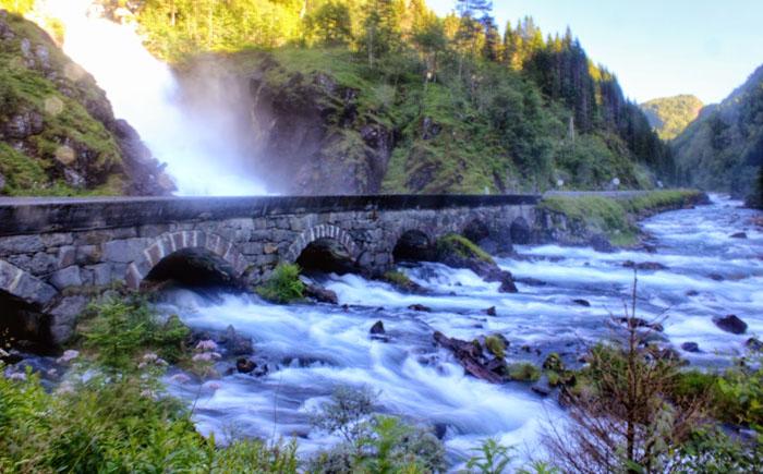 Водопад Лангфосс (Норвегия)