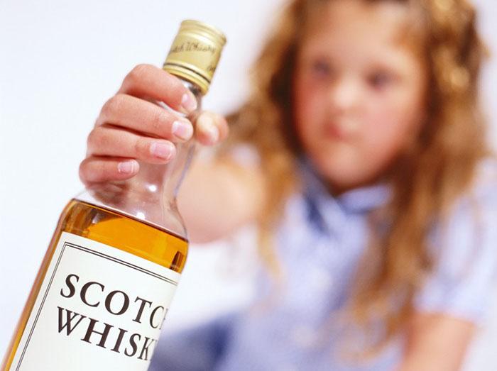 Употребление алкоголя несовершеннолетними