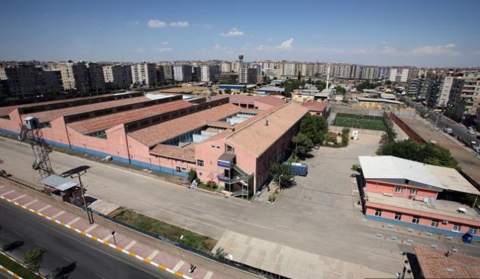 Тюрьма Диярбакыр в Турции.