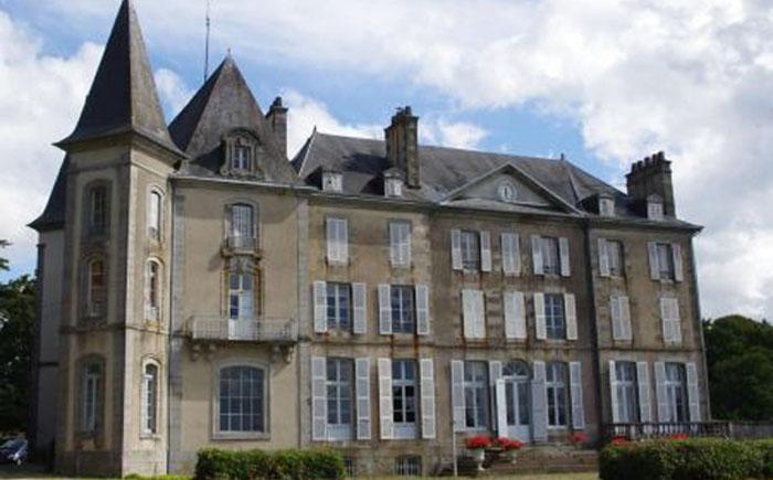 Замок на продажу во Франции