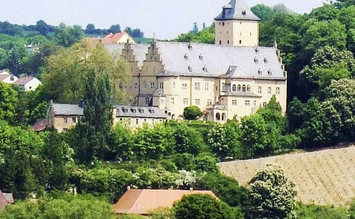 Замок на продажу в Германии