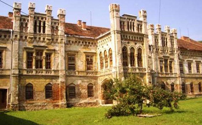 Замок на продажу в Словакии